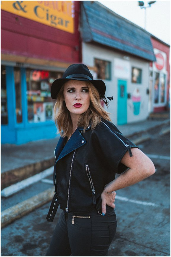 Elles Bailey plus support: Tamara Stewart