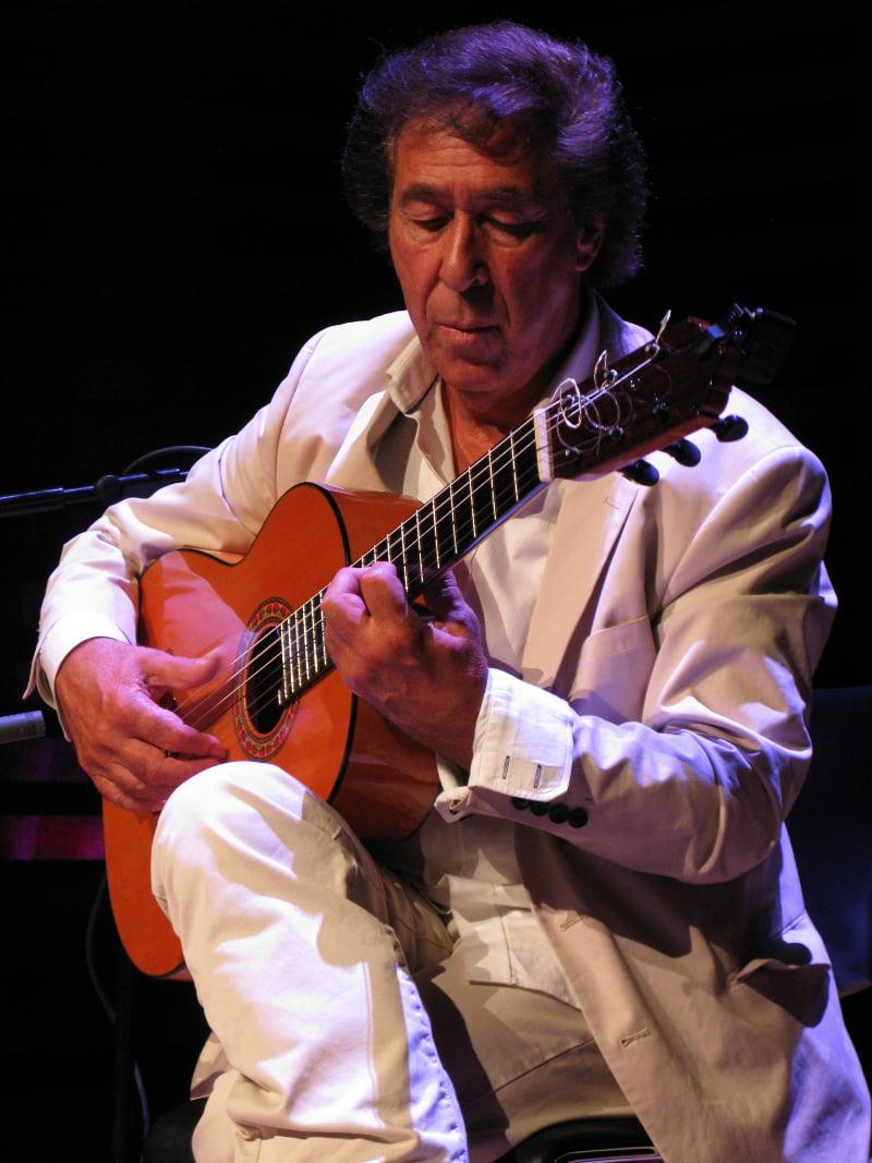 Juan Martín – Solo